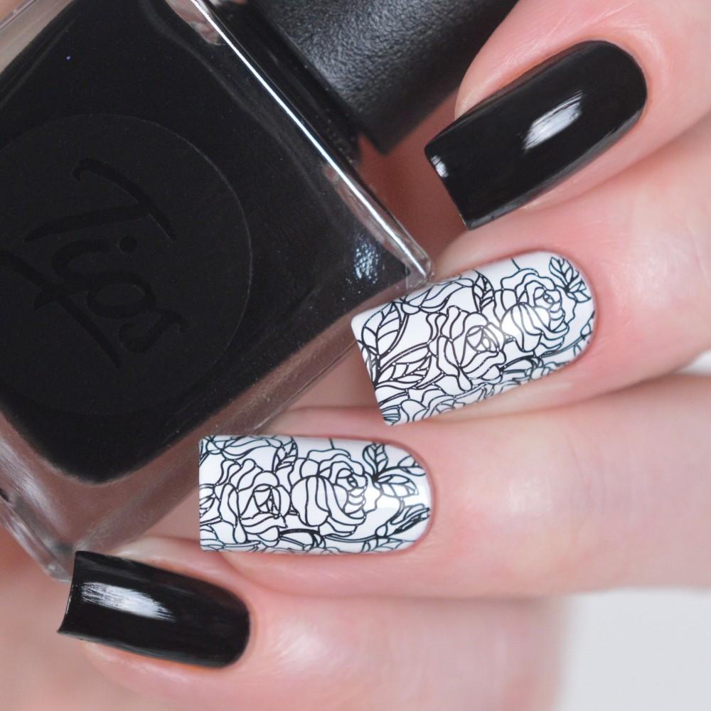 Фото маникюра на ногтях корона церковь шатровой